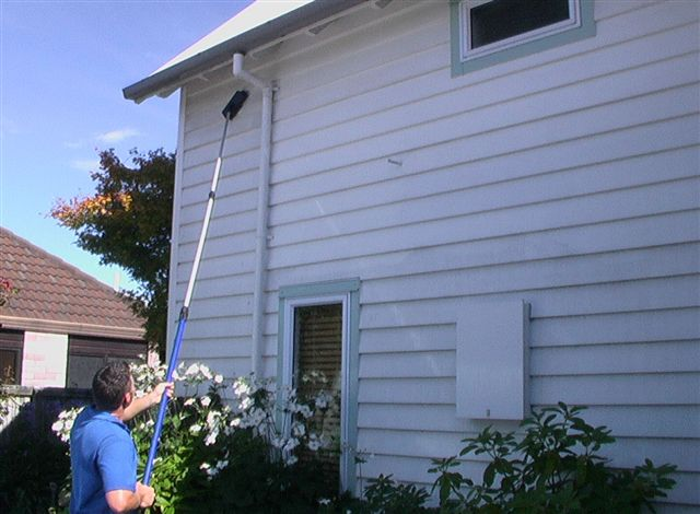 House and building washing snazzy services for How to wash your house exterior
